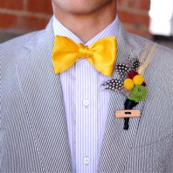 Seersucker-Suit-With-Yellow-Bow-Tie
