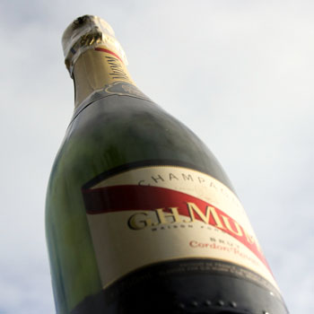 G.H. Mumm Cordon Rouge Champagne Review: Mumm's The Word On This Brut!