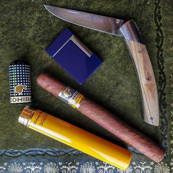 Cohiba Siglo III Cuban Colorado Cigar